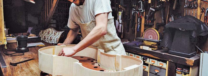 Un luthier aux Essards (Sud Ouest – 27 avril 2016)